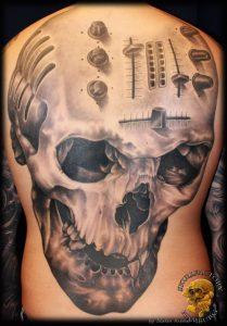 skull_faktory_04
