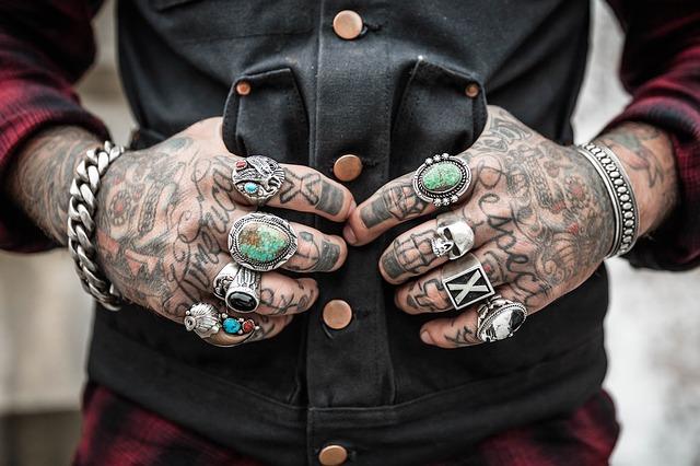 Was verbindet Tattoo-Fans und Casinospieler? Ganz sicher die Tattoo- Convention Las Vegas. Die größte Messe für Tätowierer und Casinofans.